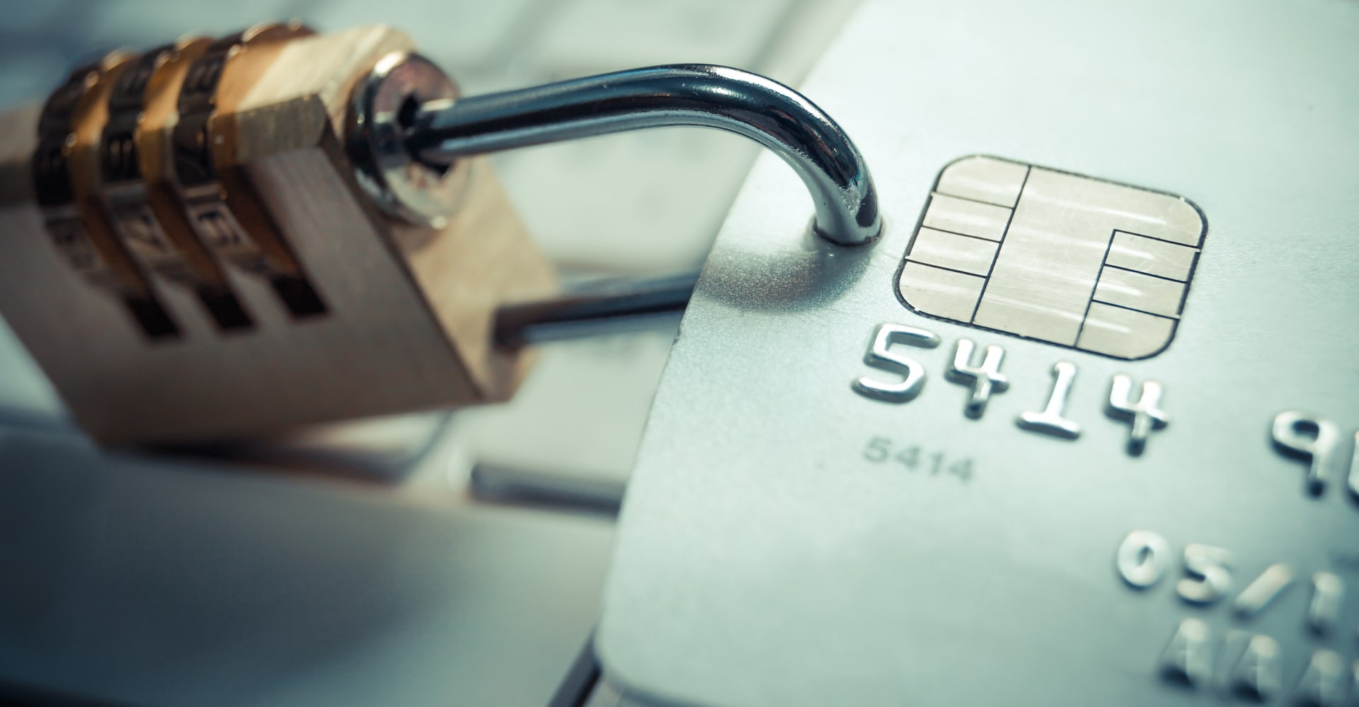How Al and Machine Learning can Help Prevent Payment Fraud and Enhance Customer Experience hero banner